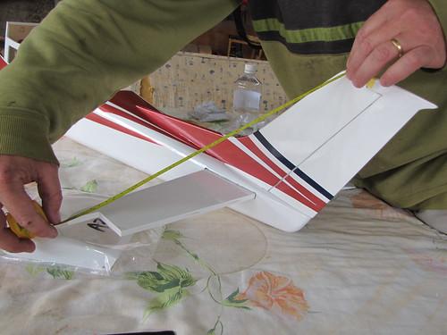 Montagem do Cesna 40 The World Models 7592029400_77235d7381