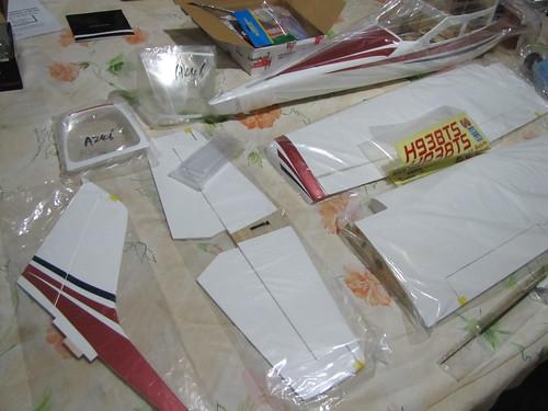 Montagem do Cesna 40 The World Models 7581926196_2dc0469d0b