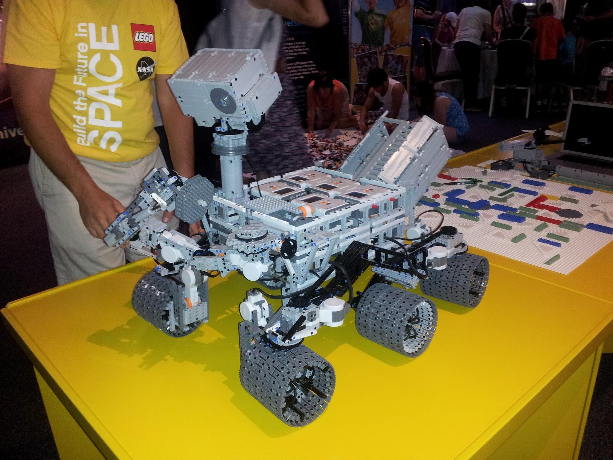 Curiosity on MARS... 7723370556_cf1511ff9d_k