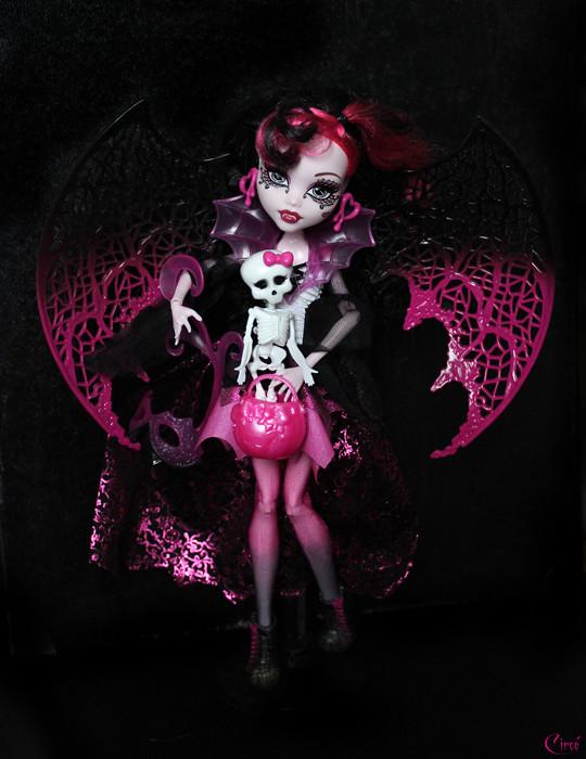 [MH custo/non custo] Draculaura GhoulsRule (bas p1) 7777502102_f76ea83070_b