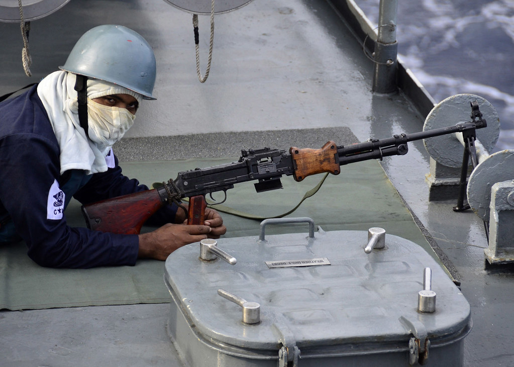 Bangladesh Armed Forces - Page 3 8095385546_e56bbab272_b