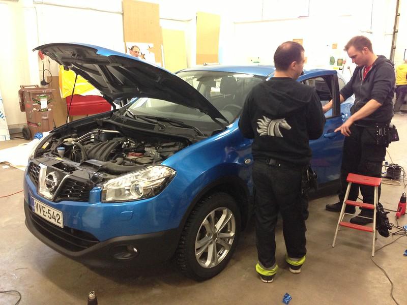 LimboMUrmeli: Maailmanlopun Vehkeet VW, Nissan.. - Sivu 2 8456563394_efb8f12e1e_c