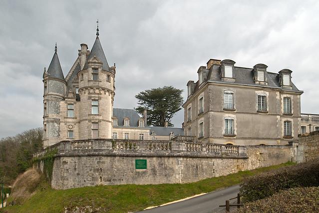 Les Chateaux de René no 27 trouvé par Blucat - Page 3 8631784714_4292ac3a84_z