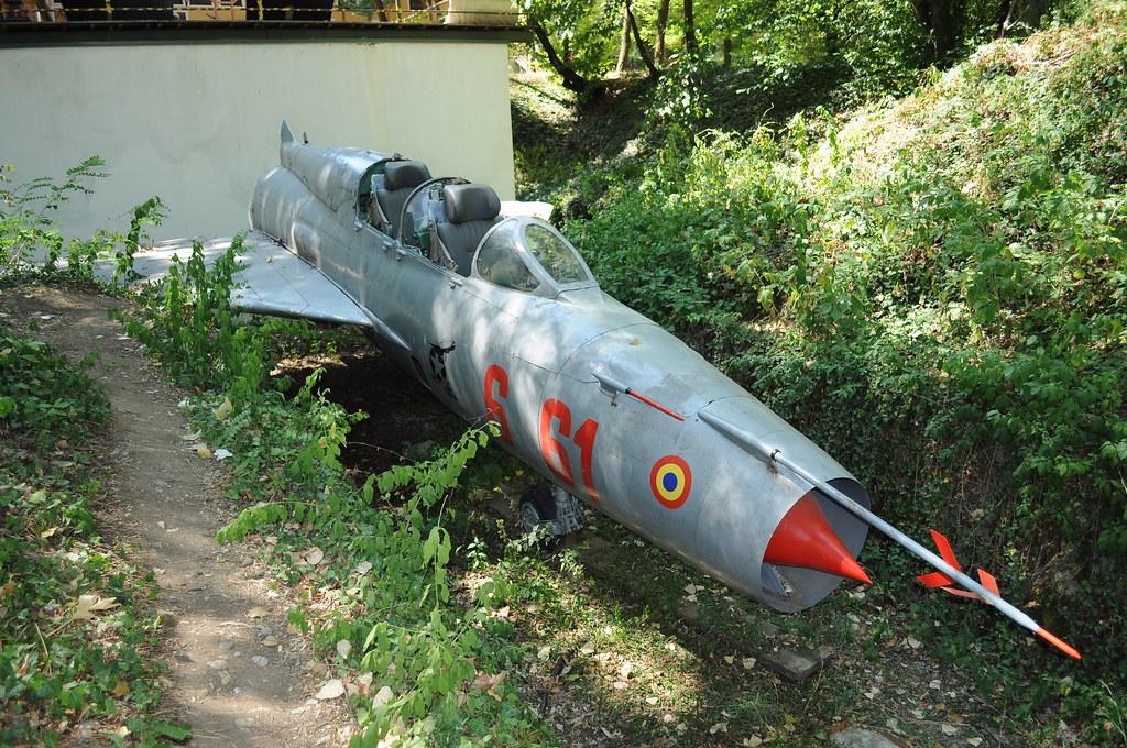 MiG-21 at Orastie 7825590932_7e712d6a4b_b