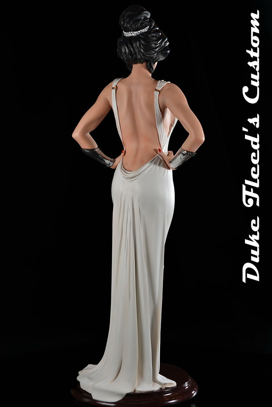 Wonder Woman Dress vers.2 7738358204_e20b456c83_c