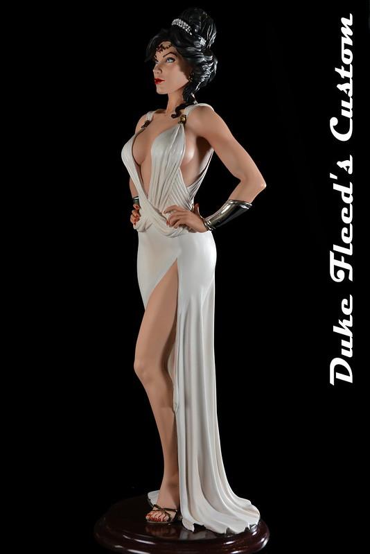 Wonder Woman Dress vers.2 7738358728_425132e944_c