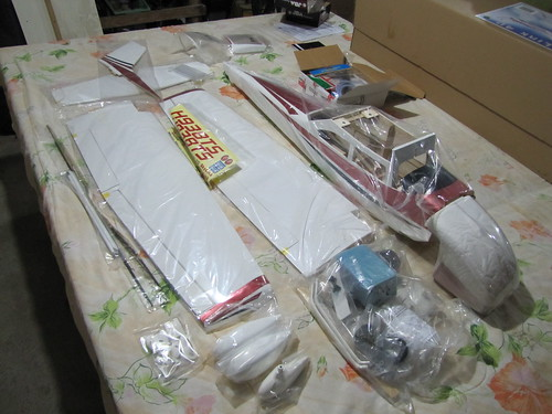 Montagem do Cesna 40 The World Models 7581912930_59c14cdafd