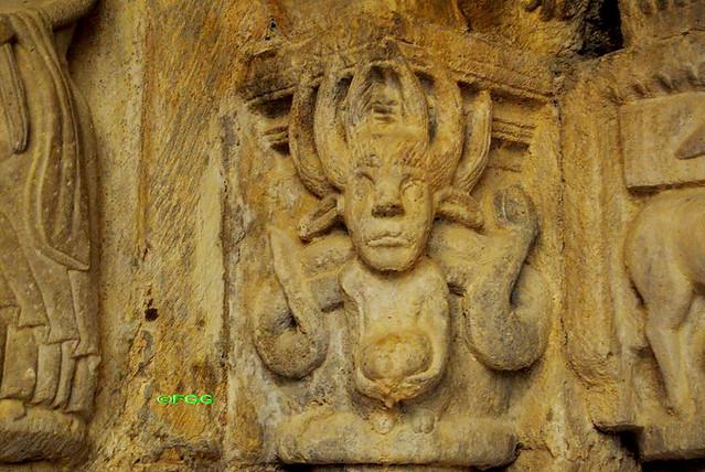 El demonio en el románico - Página 7 8233948381_a7fe35ef1e_z
