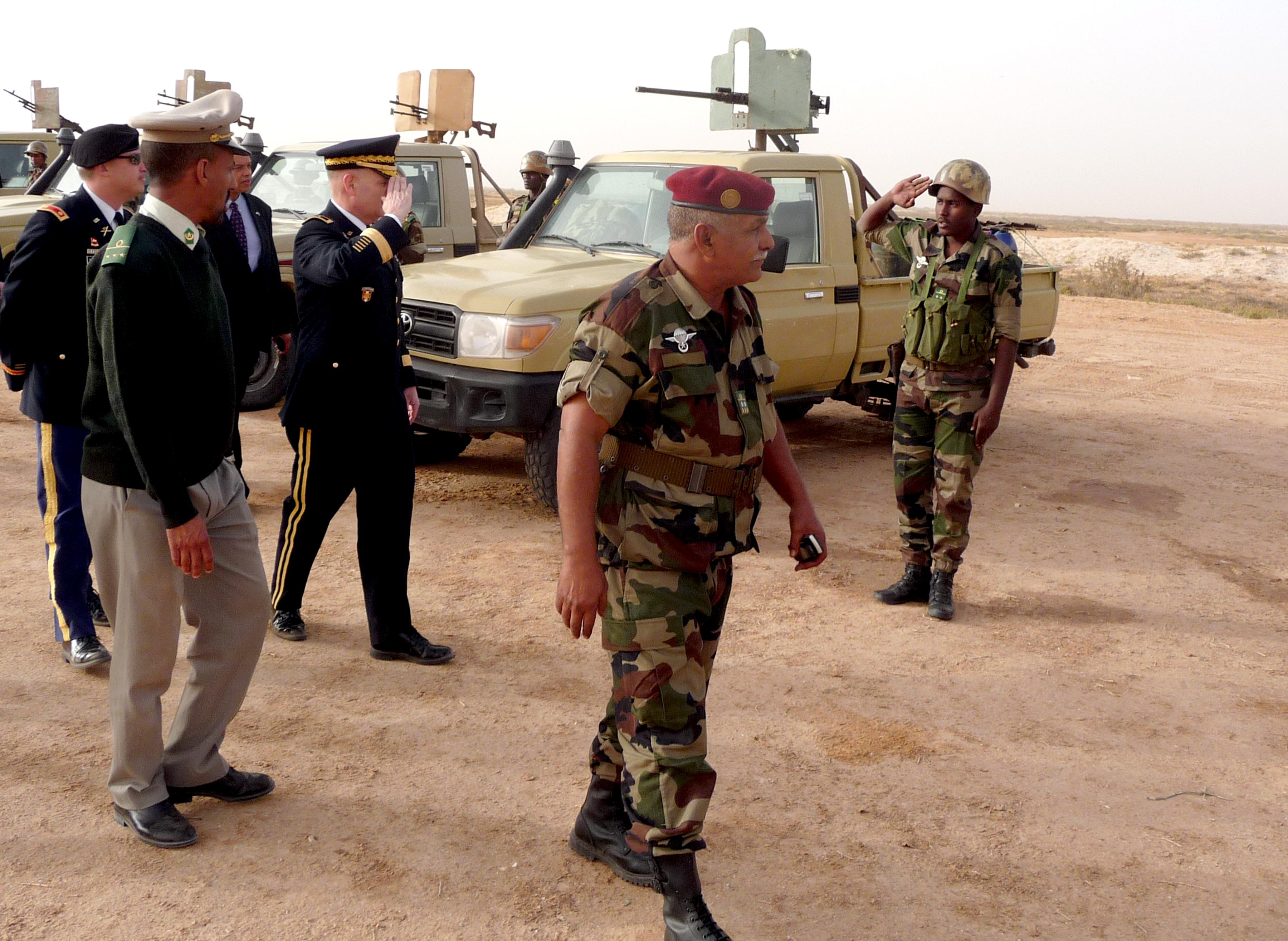 Armée Mauritanienne - Page 5 8378955259_64a441dd34_o