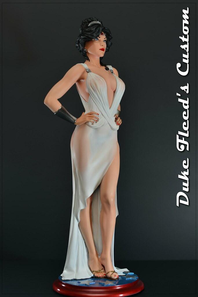 Wonder Woman dress version 1/6 8291674365_baa65db60c_b