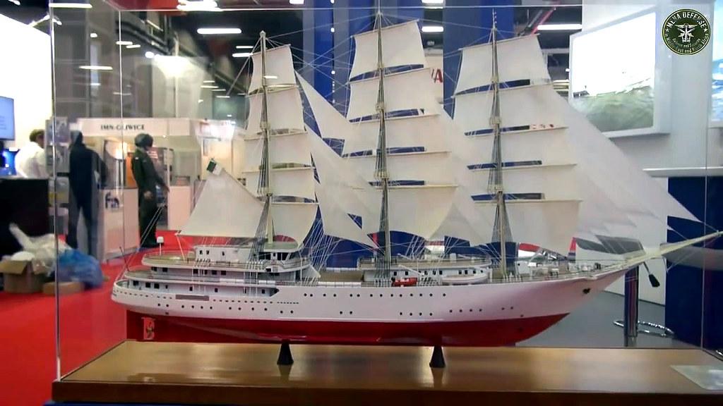 الجزائر تبني السفينة الشراعية  في بولونيا والتسليم في 2016 - صفحة 2 29045456634_85d22a6d8e_b