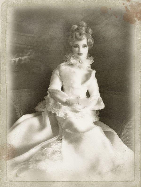 Queen V... nouvelles photos p.2 (13/09/2010) - Page 2 177b5c61