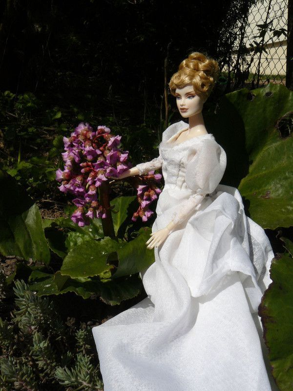 Queen V... nouvelles photos p.2 (13/09/2010) 1bd654ee