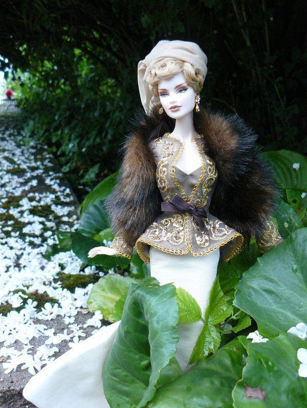 Queen V... nouvelles photos p.2 (13/09/2010) - Page 2 6127aa23