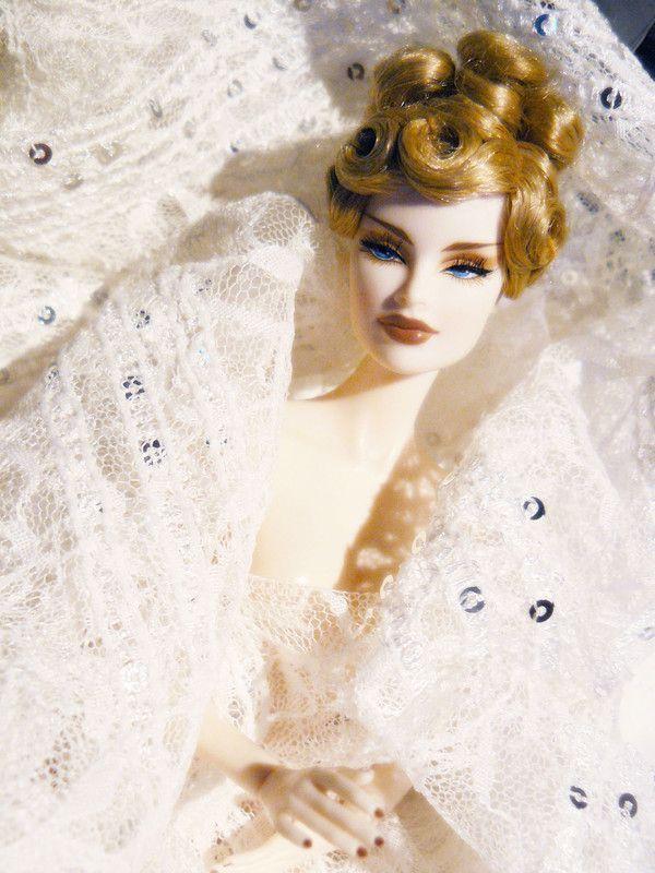 Queen V... nouvelles photos p.2 (13/09/2010) - Page 2 63db7820