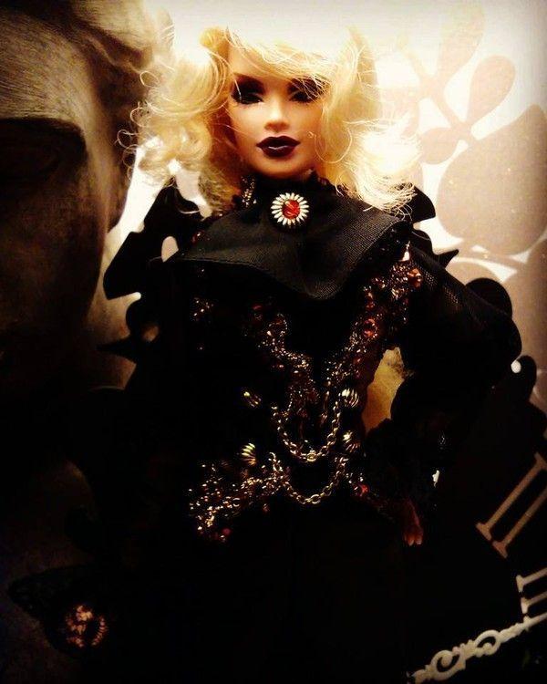 Ca y est j'attaque une custo de poupée façon Kamijo :)  C83840aa