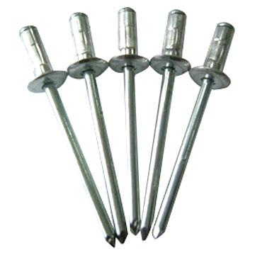 Quels rivets  pour fixation isolation capot 0000602_rivet-gun-with-60-rivets