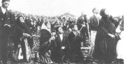 13 octobre 1917 : Fin d'apparition de Notre Dame de Fatima Danse2