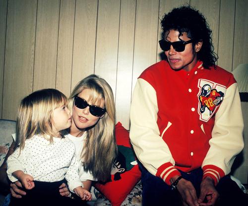 Foto di Michael e i bambini - Pagina 20 Aww-children-cute-jersey-kids-love-Favim.com-55919