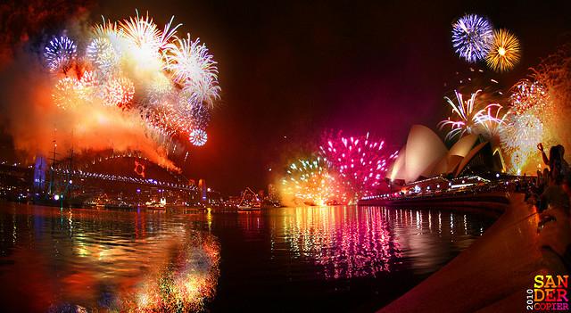 Urari de sarbatori pt rozici !!! - Pagina 2 Beautiful-fireworks-new-year-night-pink-Favim.com-126402
