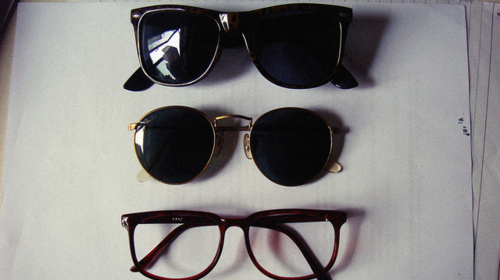 Ochelari de soare. - Page 5 Fashion-glasses-photography-sunglasses-vintage-Favim.com-127611