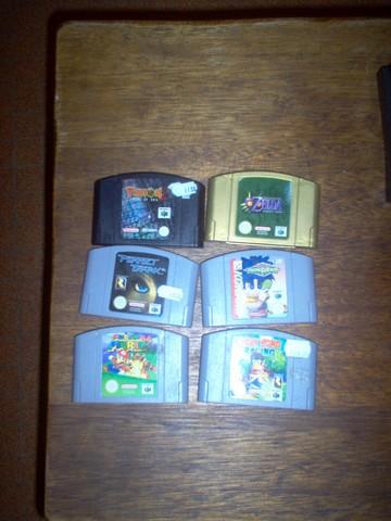 Collection jeux vidéos Bakasan IM000662