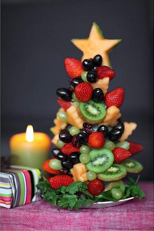 Новогодняя тема. Un-abeto-creativo-para-comer-fruta-en-Navidad