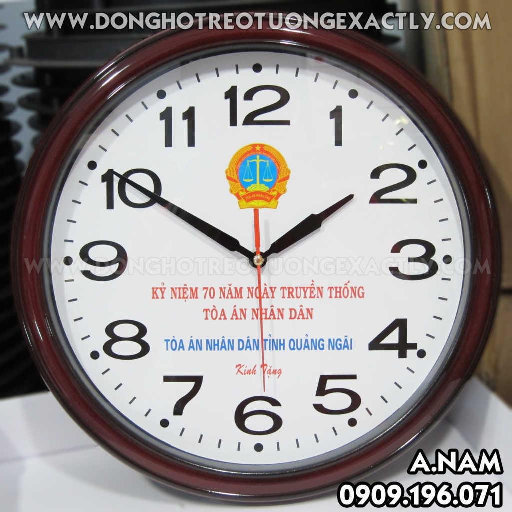 Chợ linh tinh: Sản xuất đồng hồ - In logo, nội dung theo yêu cầu U220%20TAND%20t%E1%BB%89nh%20Qu%E1%BA%A3ng%20Ng%C3%A3i%20-%20dong%20ho%20treo%20tuong%20-%20A.NAM%20-0909.196.071