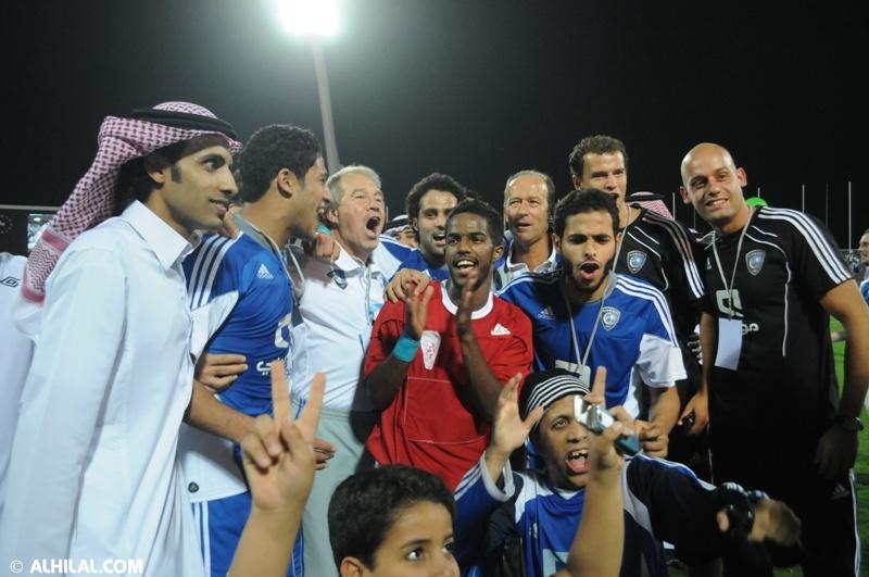 الأمير محمد بن خالد يفتتح مقهى olympics lounge الرياضي بحضور مسئولي ولاعبي الهلال وعدد من الرياضيين  00013417012489090462