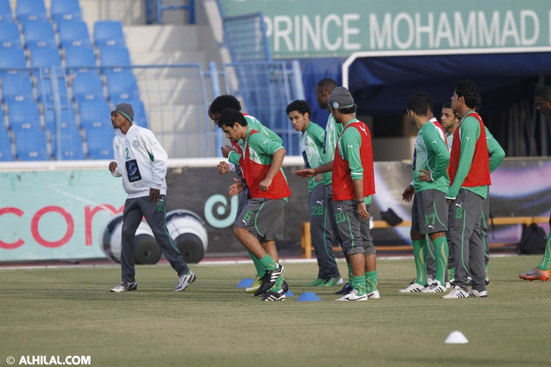 أخبار المنتخب السعودي ليوم الخميس 30/ 12/ 2010م: المنتخب السعودي يواصل تدريباته استعداداً لمواجهة المنتخب البحريني ودياً (تقرير - صور)  08063349320387077959