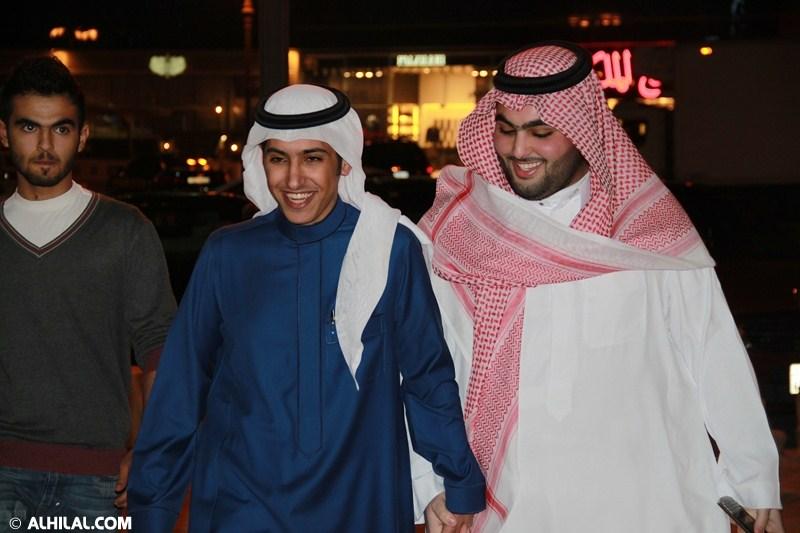 الأمير محمد بن خالد يفتتح مقهى olympics lounge الرياضي بحضور مسئولي ولاعبي الهلال وعدد من الرياضيين  08568681274097587797