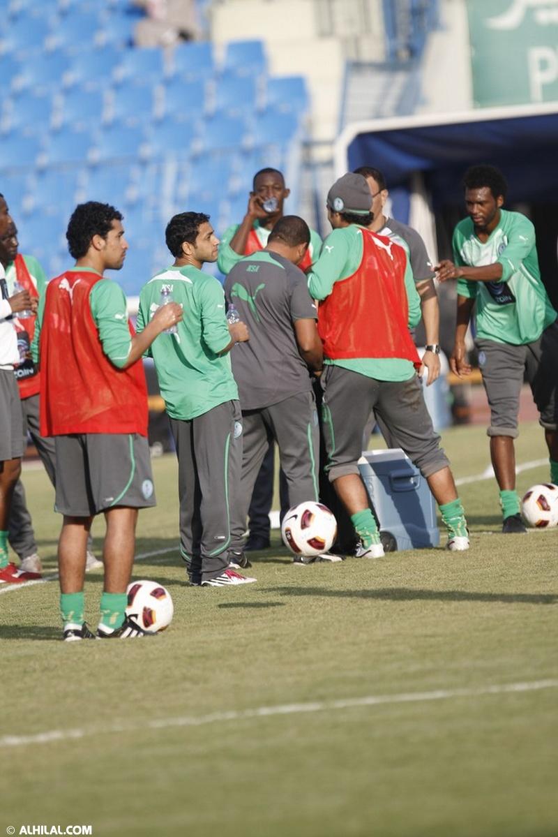 أخبار المنتخب السعودي ليوم الخميس 30/ 12/ 2010م: المنتخب السعودي يواصل تدريباته استعداداً لمواجهة المنتخب البحريني ودياً (تقرير - صور)  16331590003051644326