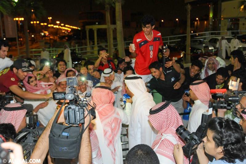 افتتاح مقهى Y20 بحضور رياضي كبير يتقدمه الأمير عبدالرحمن بن مساعد (صور خاصة) 30290416339959744873