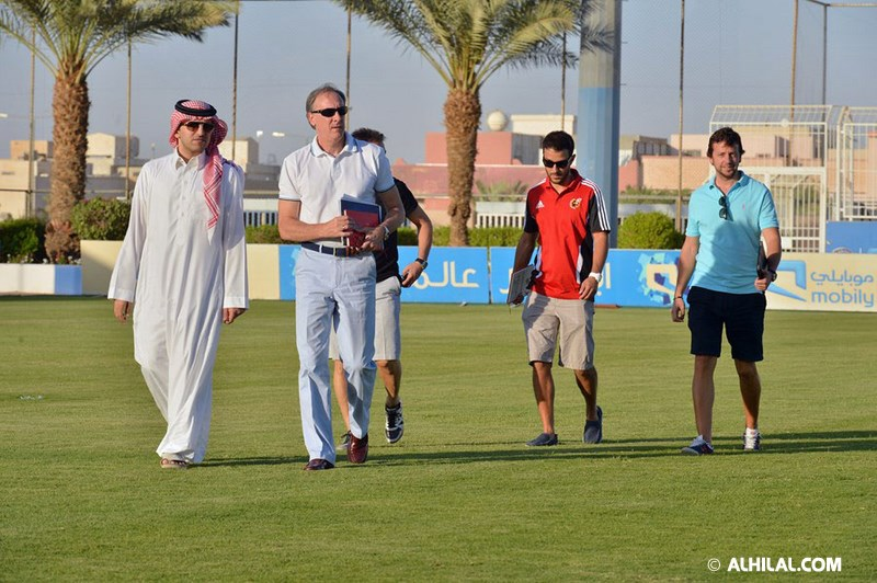 الأمير محمد بن خالد يفتتح مقهى olympics lounge الرياضي بحضور مسئولي ولاعبي الهلال وعدد من الرياضيين  32547252906037420659