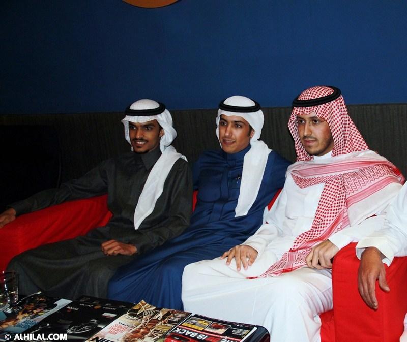 الأمير محمد بن خالد يفتتح مقهى olympics lounge الرياضي بحضور مسئولي ولاعبي الهلال وعدد من الرياضيين  33526581646705643221
