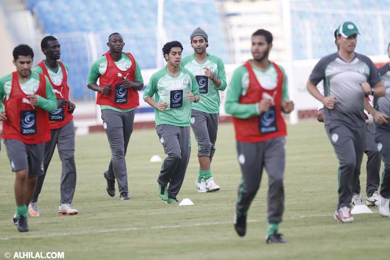 أخبار المنتخب السعودي ليوم الخميس 30/ 12/ 2010م: المنتخب السعودي يواصل تدريباته استعداداً لمواجهة المنتخب البحريني ودياً (تقرير - صور)  33755880156289415638
