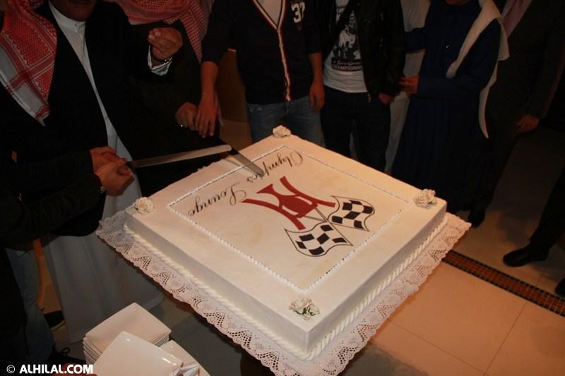 الأمير محمد بن خالد يفتتح مقهى olympics lounge الرياضي بحضور مسئولي ولاعبي الهلال وعدد من الرياضيين  33936976365330443780