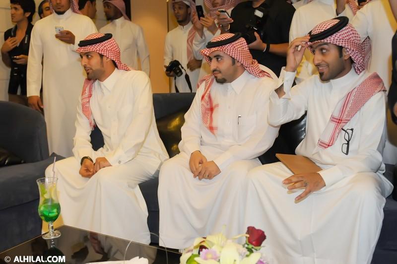 افتتاح مقهى Y20 بحضور رياضي كبير يتقدمه الأمير عبدالرحمن بن مساعد (صور خاصة) 39993667523807997495