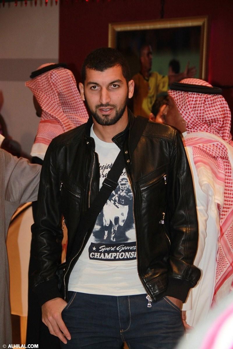 الأمير محمد بن خالد يفتتح مقهى olympics lounge الرياضي بحضور مسئولي ولاعبي الهلال وعدد من الرياضيين  45103615673381553448