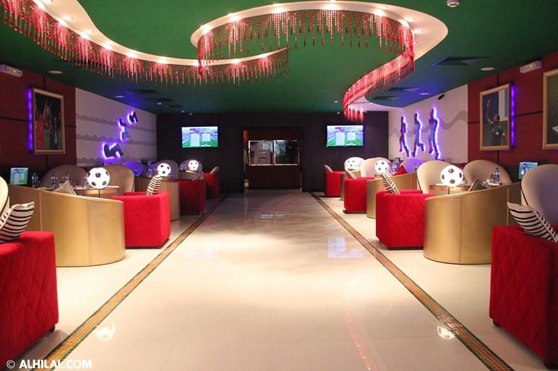 الأمير محمد بن خالد يفتتح مقهى olympics lounge الرياضي بحضور مسئولي ولاعبي الهلال وعدد من الرياضيين  46540663639450307947