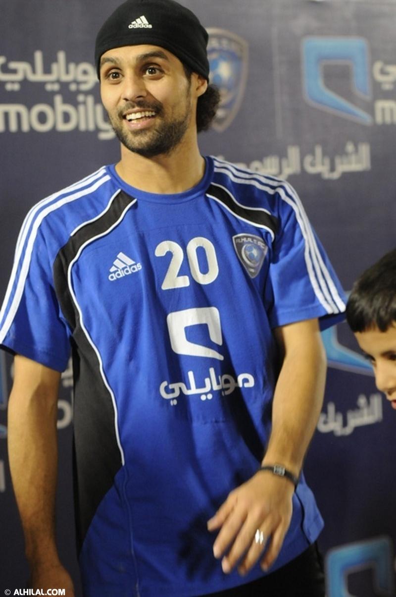 أخبار المنتخب السعودي ليوم الخميس 30/ 12/ 2010م: المنتخب السعودي يواصل تدريباته استعداداً لمواجهة المنتخب البحريني ودياً (تقرير - صور)  50764421339554630324