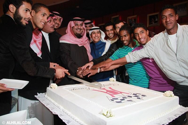 الأمير محمد بن خالد يفتتح مقهى olympics lounge الرياضي بحضور مسئولي ولاعبي الهلال وعدد من الرياضيين  52492224612445071688