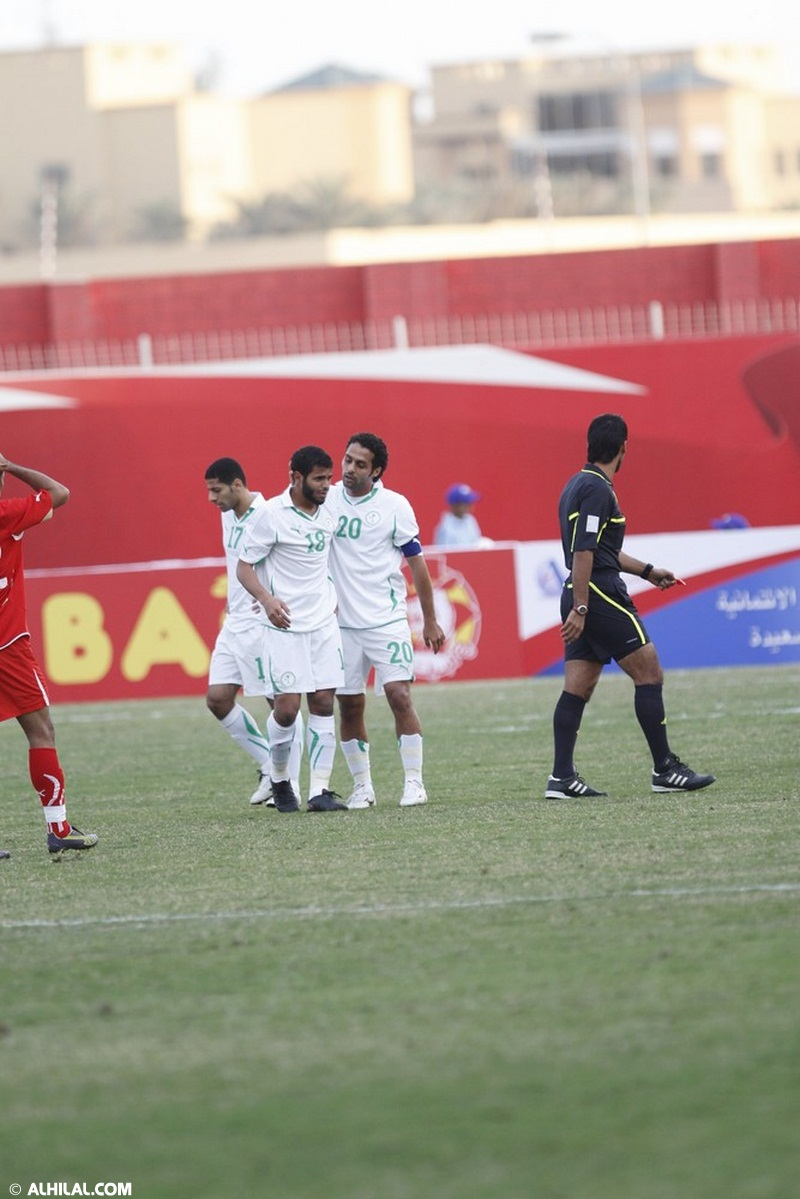 المنتخب السعودي ينتصر على المنتخب البحريني بهدف أسامه هوساوي (صور خاصة) 56977014458221190463