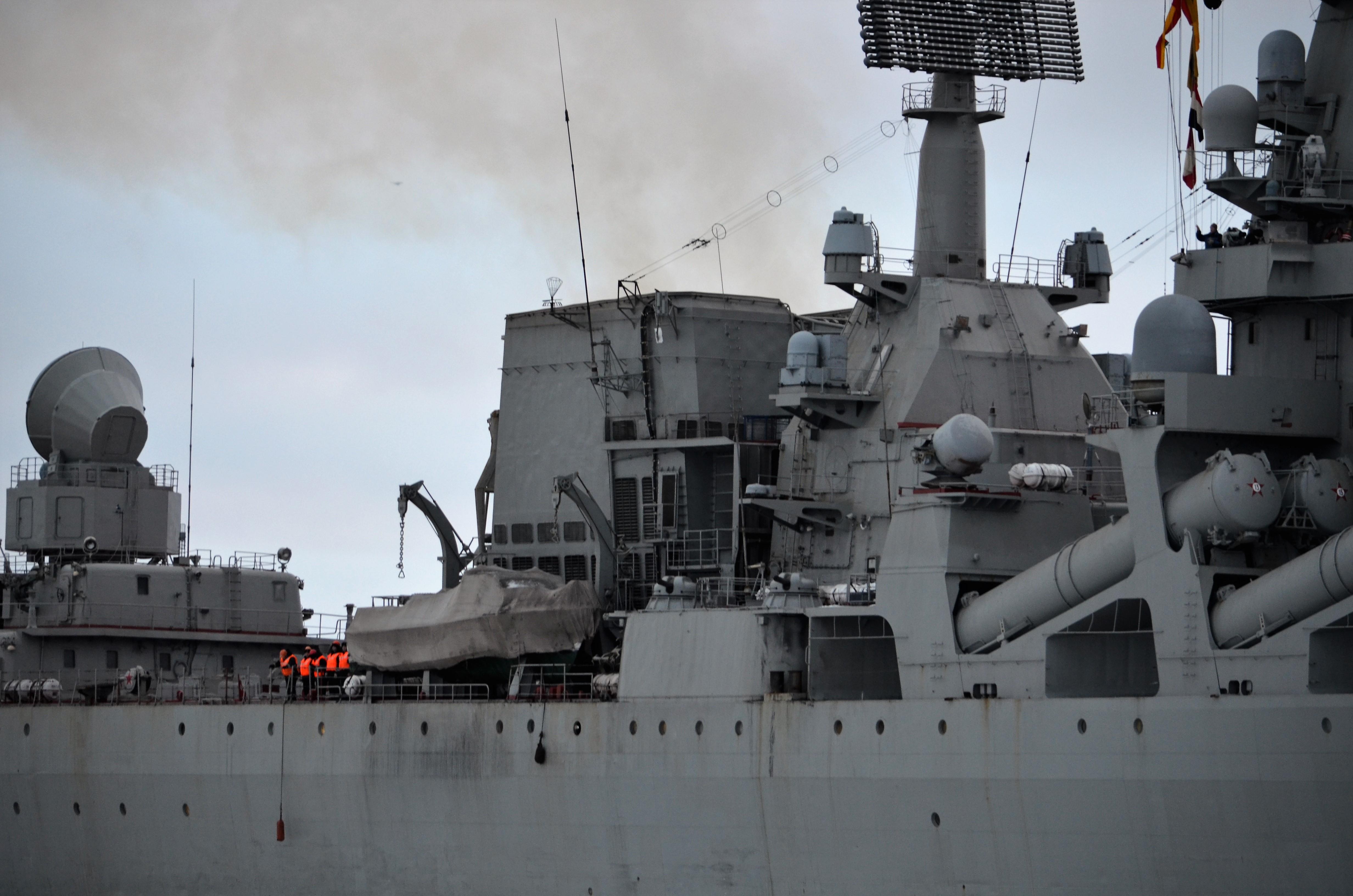 Project 1164 Atlant: Slava Class cruiser - Page 7 30-4454281-dsc-9689-2-