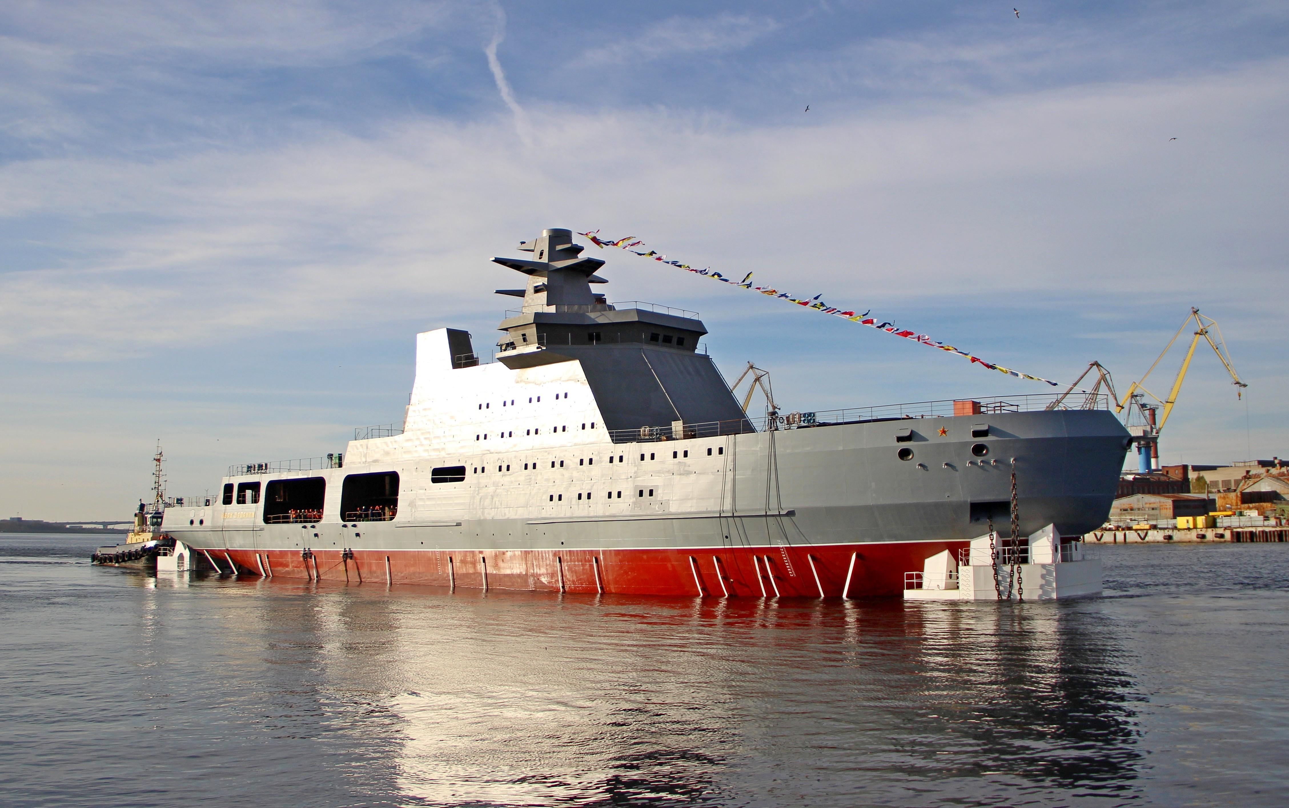 Project 23550 Arctic patrol ship 25-7986477-23550-ivan-papanin-spusk-admiraltejskie-verfi-25.10.2019