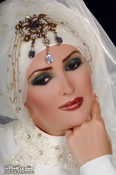 صور أحدث لفات طرح زفاف 2010 1261932896