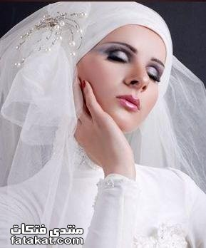 صور أحدث لفات طرح زفاف 2010 1261933178