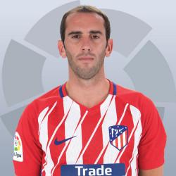 ¿Cuánto mide Diego Godín? - Real height 250x250_08130007godin