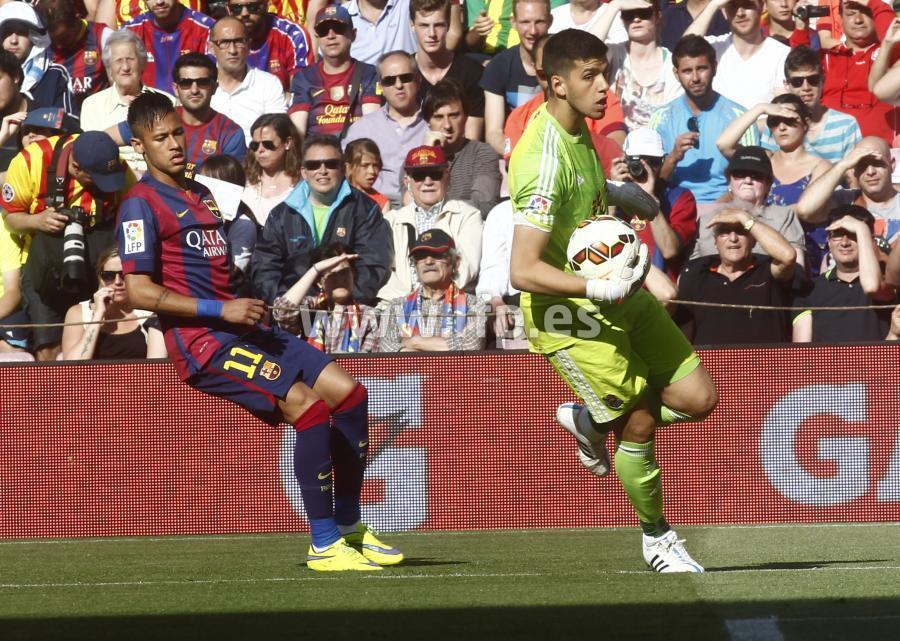 صور : مباراة برشلونة - ريال سوسيداد 2-0 (09-05-2015 ) W_900x700_09192842b05