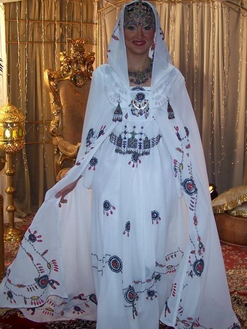 صور الجلابيات الجزائرية 2013 130325213033UvAS